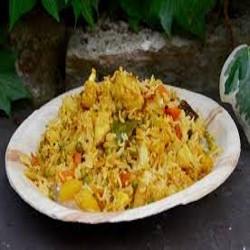 Riz à l'Indienne (poulet, œuf, petits pois)